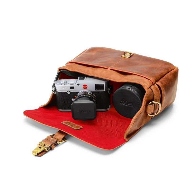 LEICA COLLECTION BY ONA, BOWERY LEATHER CAMERA BAG - ANTIQUE COGNAC