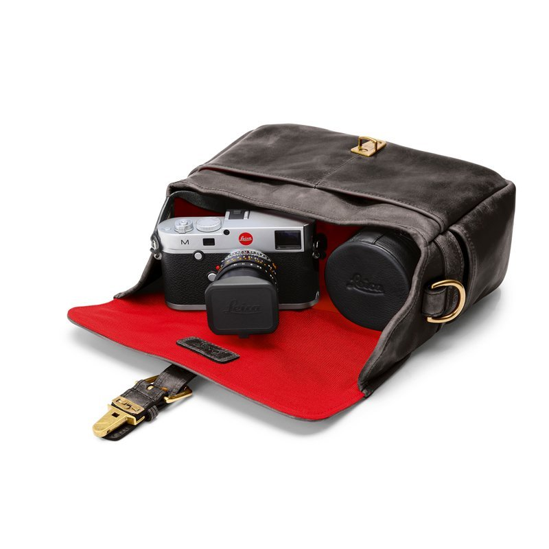 LEICA COLLECTION BY ONA, BOWERY LEATHER CAMERA BAG - DARK TRUFFLE
