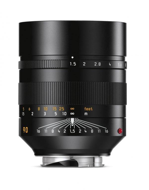 Leica Summilux-M (90 mm f/1.5 ASPH), black anodized finish
